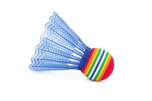 Piłka do badmintona na białym tle
