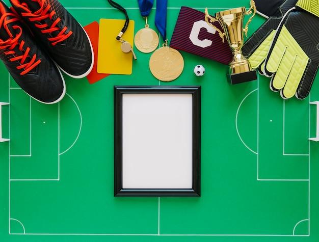 Piłka nożna koncepcja z ramą