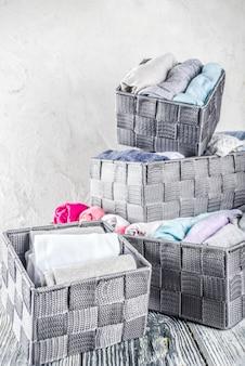 Pionowa metoda sprzątania ubrań marie kondo
