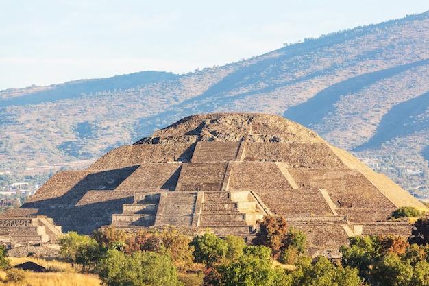 Piramida słońca. teotihuacan. meksyk.