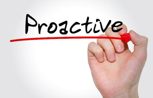 Pisma napis proactive z markerem, koncepcja