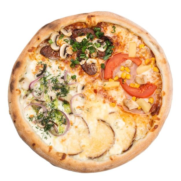 Pizza 4 sezony, na białym tle. menu restauracji. pizza cztery pory roku.