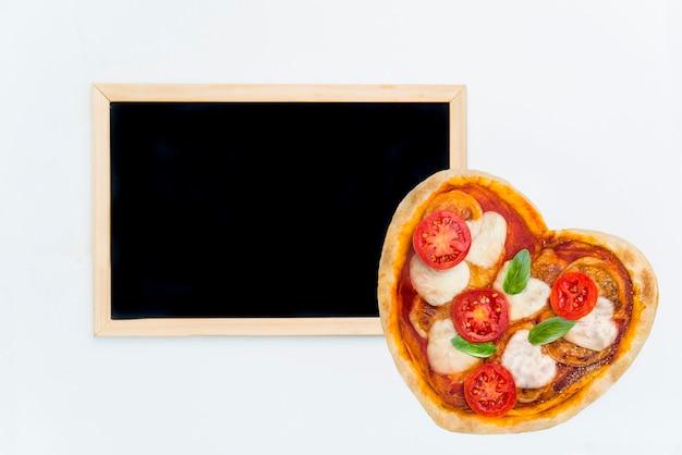 Pizza w kształcie serca na wyjątkowy wieczór