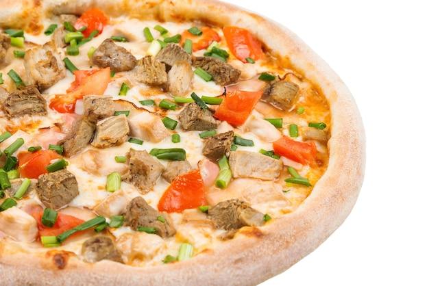 Pizza włoskie jedzenie, na białym tle.