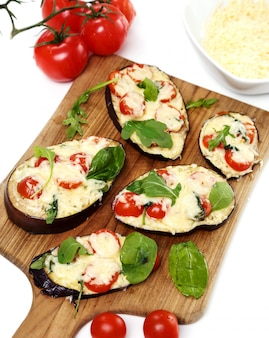 Pizza z bakłażanem z serem