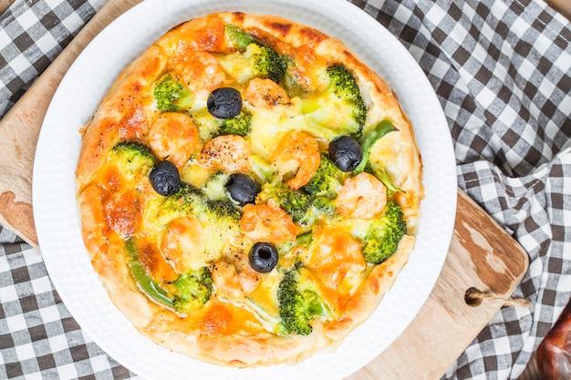 Pizza z owoców morza