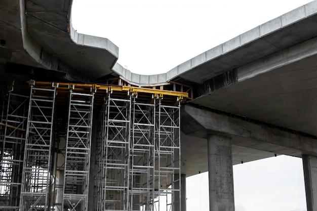 Plac budowy, budowa, rusztowania, rusztowania.