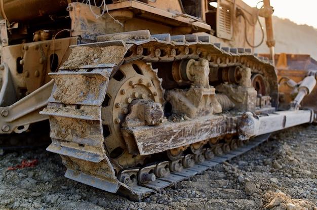 Plac budowy koparki maszyny roboczej spychacza
