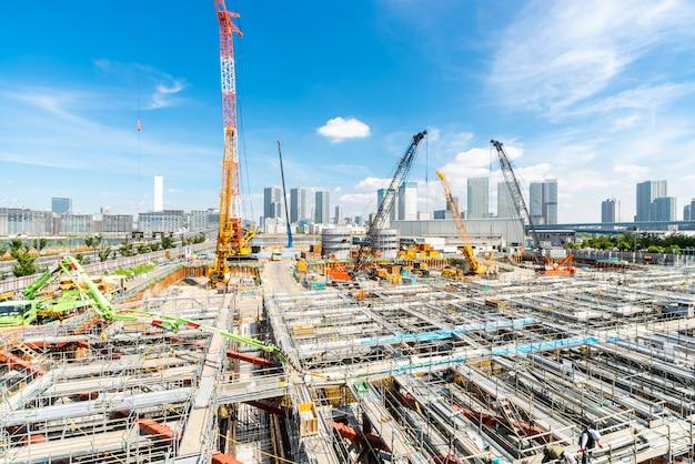 Plac budowy pracuje w japonii