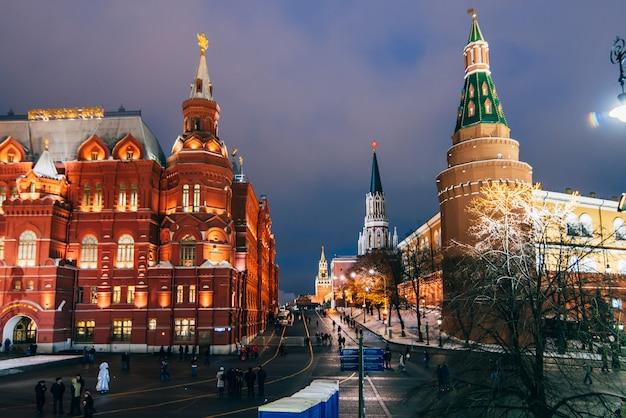 Plac czerwony i państwowe muzeum historyczne, moskwa, rosja