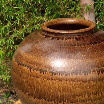 Placencia, ceramic pot