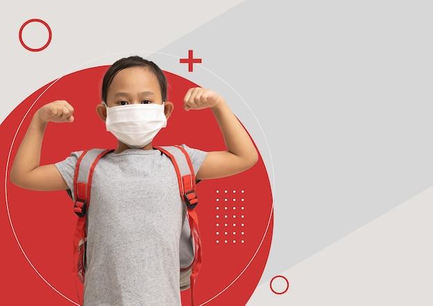Plakat ulotka broszura azjatycka dziewczynka w masce medycznej pokazuje mięśnie
