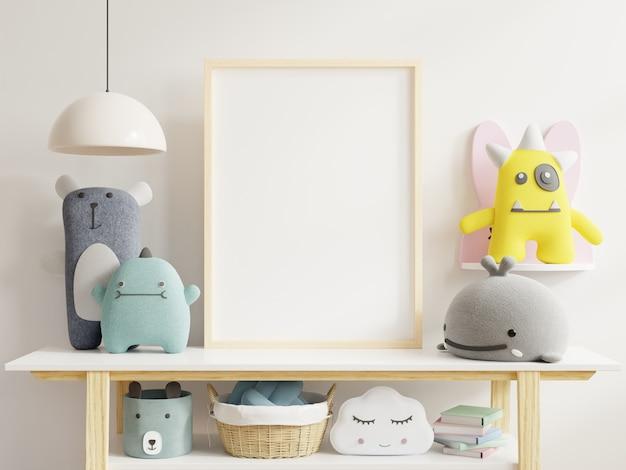 Plakaty we wnętrzu pokoju dziecięcego, plakaty na pustej białej ścianie