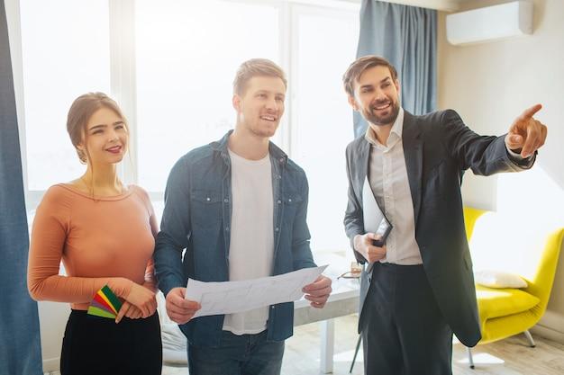 Plan nieruchomości i para gospodarstwa