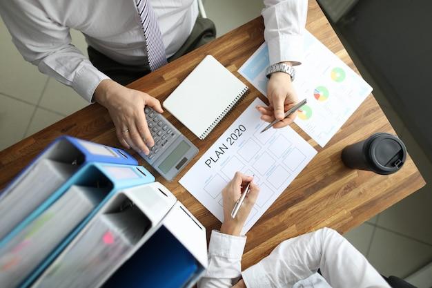 Planowanie biznesowe strategii