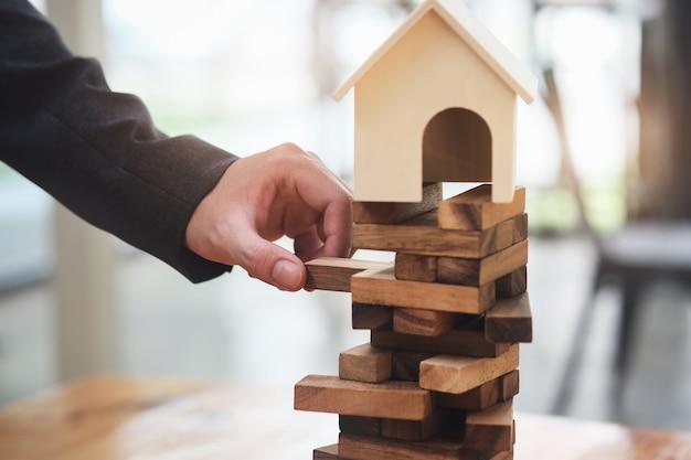 Planowanie nieruchomości i zapobieganie ryzyku inwestycji finansowych