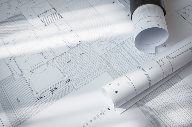 Plany budowy z projektem architektonicznym.