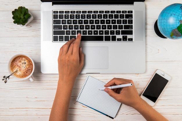 Płaski laik pisania i pisania