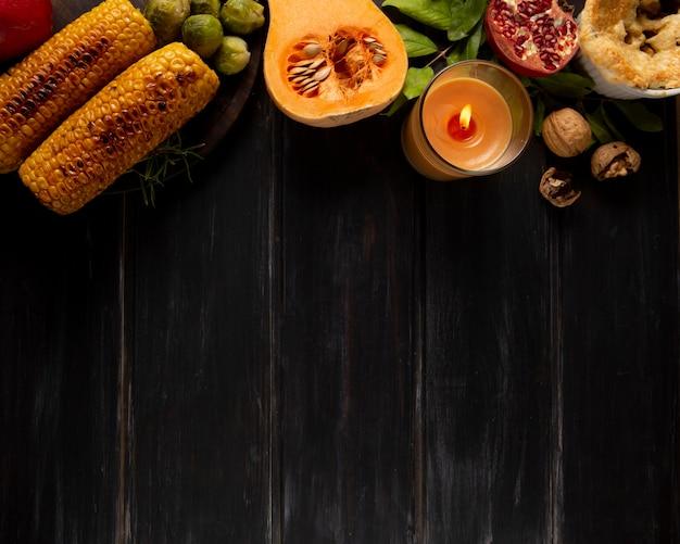 Płaski świecki asortyment graniczny żywności na święto dziękczynienia z miejscem na kopię