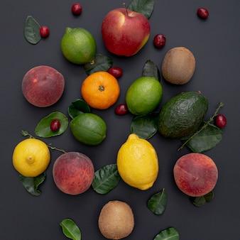 Płaski układ asortymentu owoców