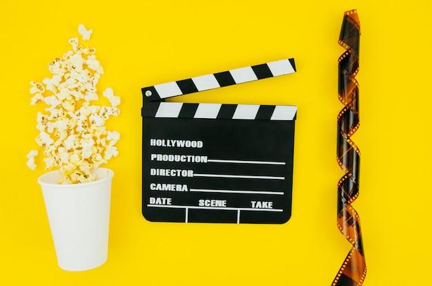 Płaski układ elementów kinowych