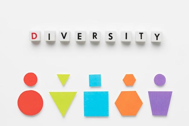Płaski układ kolorowych kształtów geometrycznych