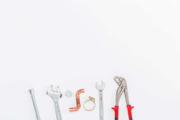 Płaski układ narzędzi