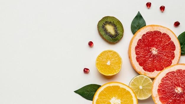 Płaski układ owoców cytrusowych z miejscem na kopię