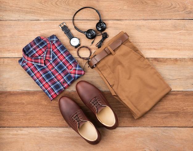 Płaski układ, widok z góry, moda męska zestaw ubrań codziennych