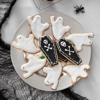 Płaskie asortyment świeckich smakołyków na halloween