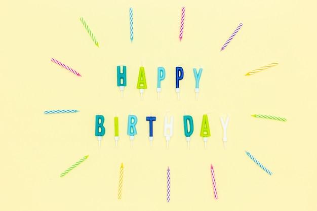 Płaskie świeczki na urodzinowe litery
