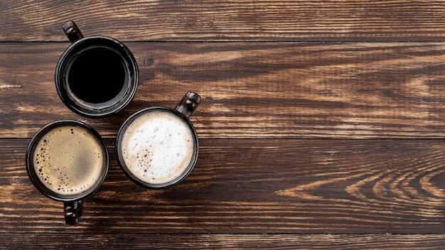 Płaskie ukształtowanie kawy z miejsca kopiowania