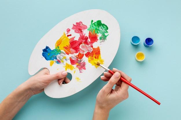 Płaskie ukształtowanie kolorowej palety aquarelle