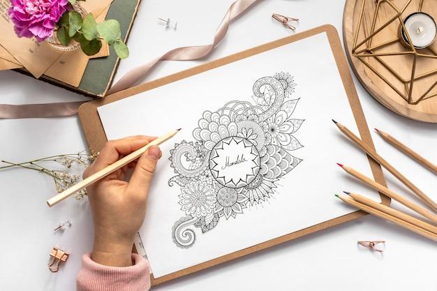 Płaskie ukształtowanie koncepcji pięknej mandali