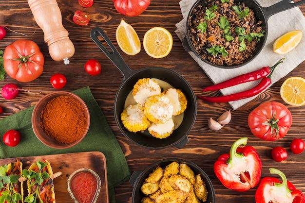 Płaskie ukształtowanie meksykańskiego jedzenia