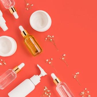 Płaskie ukształtowanie naturalnych kosmetyków z miejsca na kopię