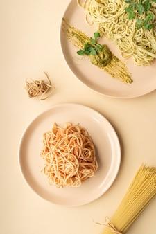 Płaskie wyśmienite ułożenie posiłków