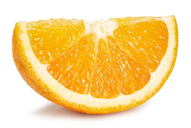 Plasterek pomarańczy na białym tle. pomarańczowa ścieżka przycinająca