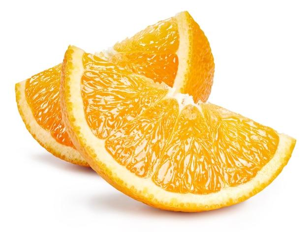 Plasterek pomarańczy na białym tle. pomarańczowy