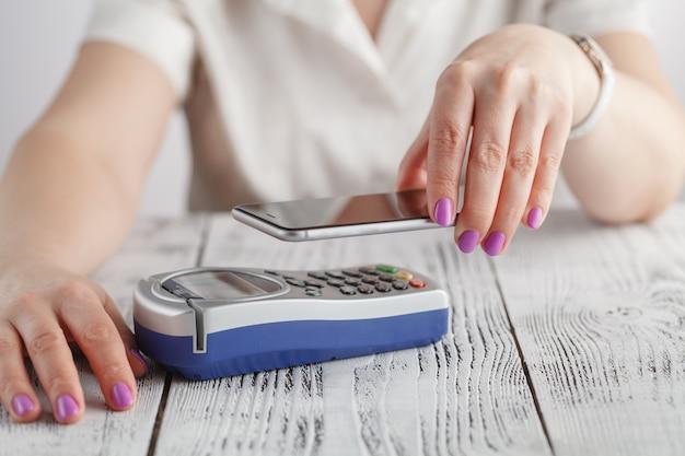 Płatności zbliżeniowe nfc