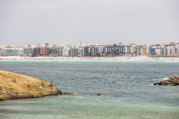 Plaż zimnej peleryny w rio de janeiro