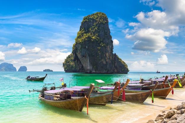 Plaża ao phra nang, krabi, tajlandia