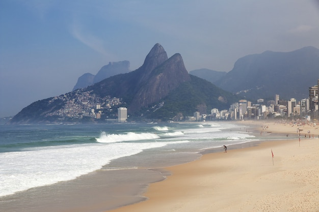 Plaża ipanema, rio de janeiro, brazylia