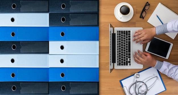 Pliki archiwum biznesowego do przechowywania danych przechowywania pomysłów na spotkanie