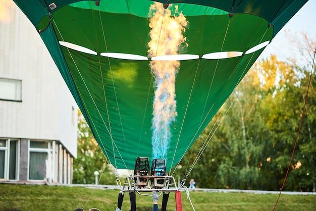 Płomień wewnątrz balonu