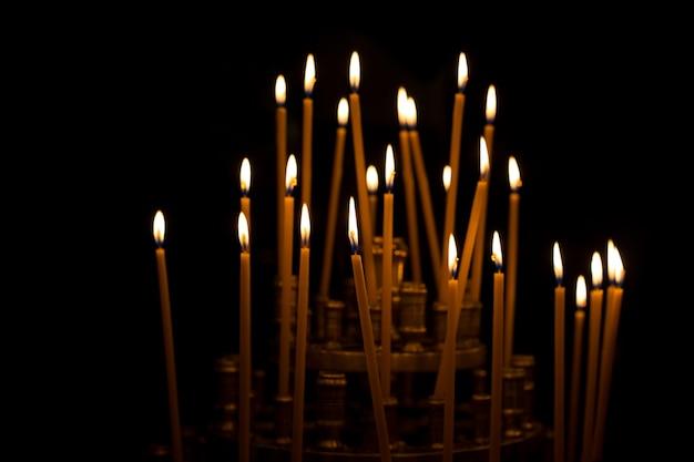 Płonące świece