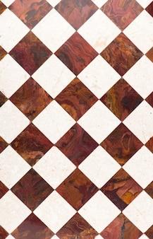 Płytki marmurowe ciemne i jasne - podłoga, terakota, szachownica