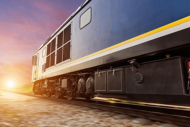 Pociąg z silnikiem diesla