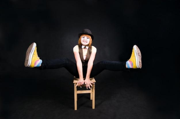 Podekscytowany klaun