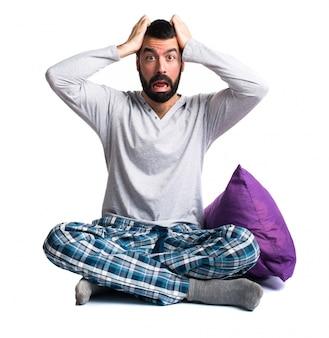 Podkreślił smutny nosić poduszkę na ubrania